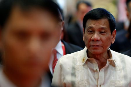 Lan dau du thuong dinh ASEAN, ong Duterte vang hop vi... dau dau - Anh 1