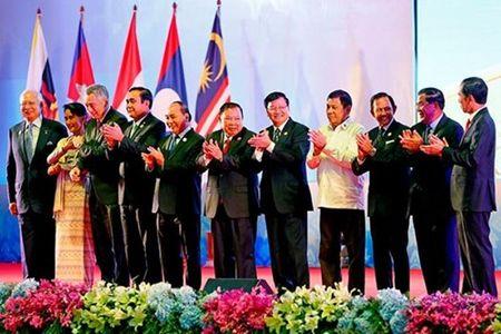 ASEAN: Can xac lap quyen luc khu vuc - Anh 1