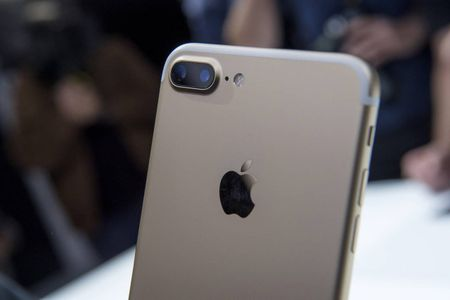So sanh iPhone 7 va iPhone 6s - Anh 2