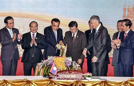 ASEAN-Trung Quoc muon giam cang thang - Anh 1