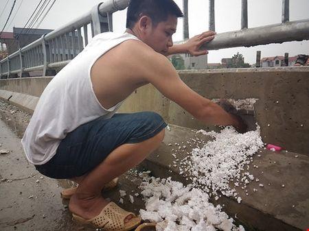 Thuc hu cau 65 ti dong tai Ha Noi xay bang 'be tong cot xop' - Anh 2