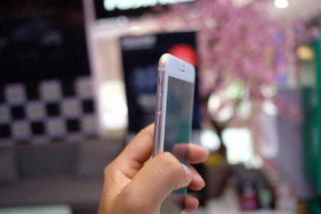 iPhone 7 Plus hang nhai gia hon 2 trieu tai Viet Nam - Anh 5