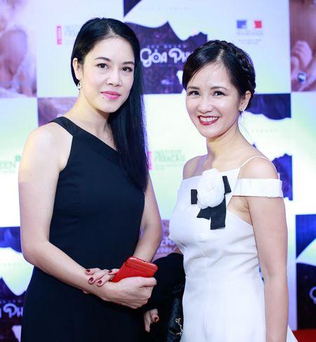 Ngo Thanh Van vui mung hoi ngo Tran Anh Hung - Anh 6