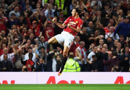 Rooney, Mata bi loai khoi doi hinh MU - Man City - Anh 12