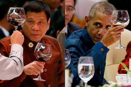 Tong thong Philippines bi ho 'khoe' ngoi canh Obama an toi - Anh 1