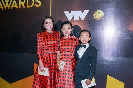 Vuot mat Son Tung, Ho Van Cuong tro thanh ca si an tuong - Anh 2