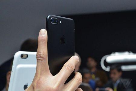 Chiem nguong ve dep me hon cua iPhone 7 ngoai doi thuc - Anh 3