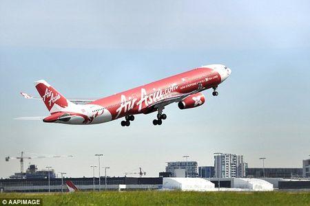 May bay AirAsia di lac vi... nhap sai du lieu - Anh 1
