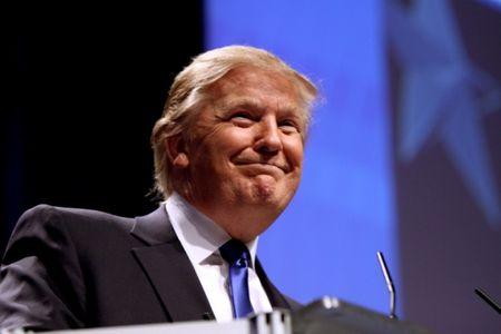 Vi sao lanh dao the gioi thi nhau mang Donald Trump? - Anh 1