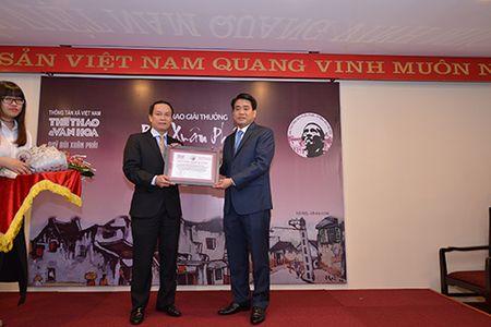 Nghe si Nhiep anh Le Vuong duoc vinh danh Giai thuong Lon 'Vi tinh yeu Ha Noi' - Anh 3