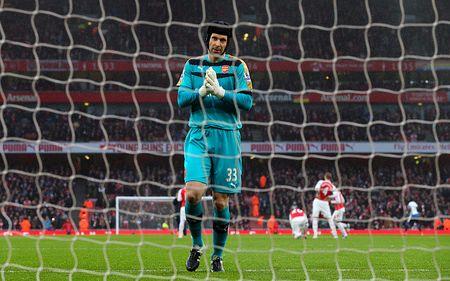 Arsenal va hanh trinh 'phu quy giat lui' noi hang thu - Anh 9
