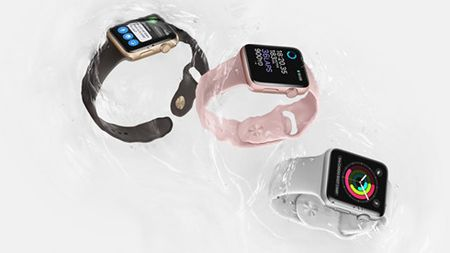 Apple ra mat Apple Watch Series 2: chong nuoc, tich hop GPS - Anh 1