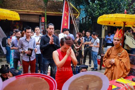 Nghe sy Viet tuong nho Han Van Tinh trong ngay gio to nghe san khau - Anh 9