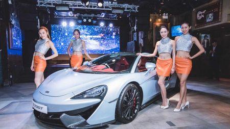 'Hang nong' McLaren 570GT chinh thuc ra mat - Anh 1