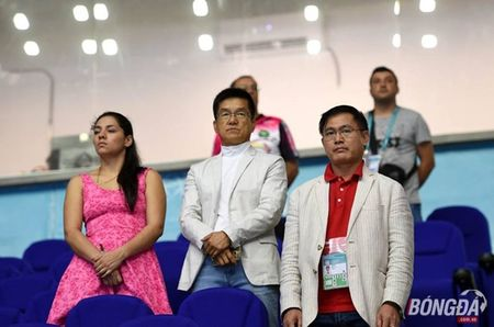 Truong doan futsal Viet Nam: Luon tinh tao voi chien thang lich su - Anh 1