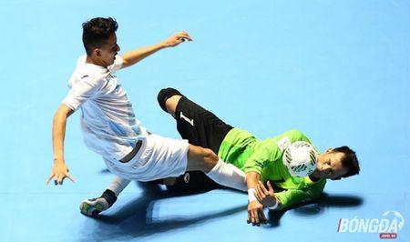 Minh Tri va Dinh Thuan duoc vinh danh tai World Cup Futsal 2016 - Anh 2