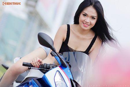 "Chan dai sexy ""de chet"" BMW S1000RR tai Sai Gon - Anh 9"