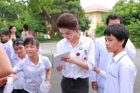 A hau Huyen My hon nhien khi di tu thien cung Quang Teo, Giang Coi - Anh 4