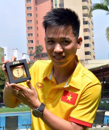 FIFA phong van dac biet nguoi hung futsal Viet Nam - Anh 4