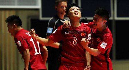 World Cup Futsal: Minh Tri dan dau danh sach Vua pha luoi, Dinh Thuan vao top thu mon xuat sac - Anh 1