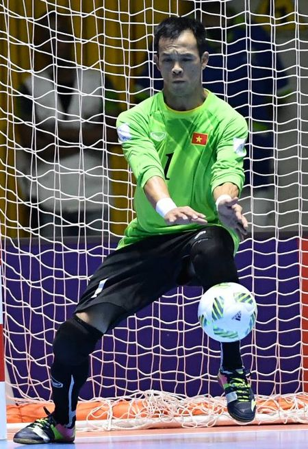 World Cup Futsal: Minh Tri dan dau danh sach Vua pha luoi, Dinh Thuan vao top thu mon xuat sac - Anh 2