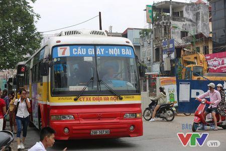 Khoi bui, tac duong am anh nguoi dan doc tuyen Nhon – Ga Ha Noi - Anh 11