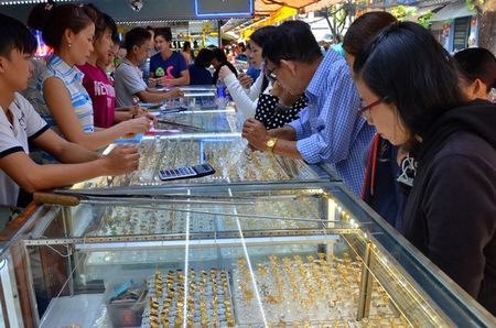 Co it nhat 600 co so ban vang khong dat ham luong tieu chuan - Anh 1