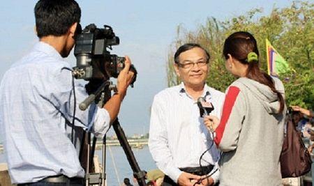 Vi sao Ha Noi phai chan chinh can bo phat ngon khong dung muc? - Anh 1