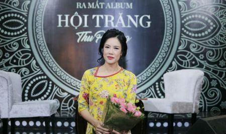 Ca si Thu Phuong: 'Cac con toi thiet thoi vi khong co duoc mot cai Tet Trung thu thuc su' - Anh 1