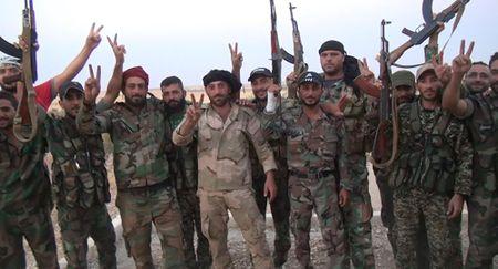 Tai sao linh Syria thich an khoai tay? - Anh 1