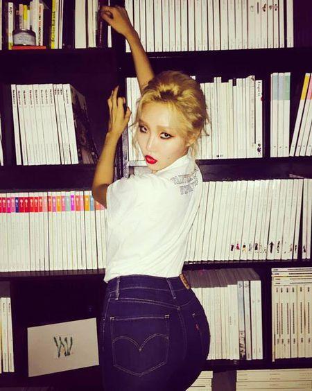 4 idol Han sexy theo chuan Tay van bi fan lac dau - Anh 3