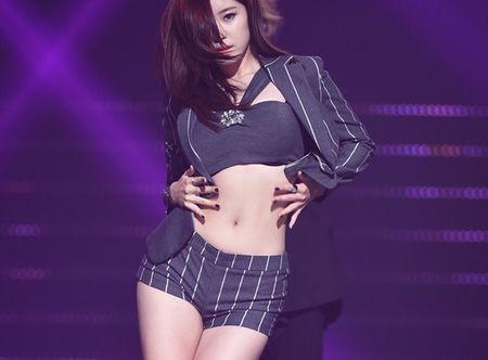 4 idol Han sexy theo chuan Tay van bi fan lac dau - Anh 6