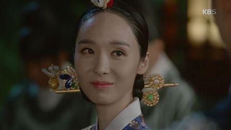 May hoa anh trang tap 7: Park Bo Gum - Kim Yoo Jung hon nhau dam duoi - Anh 7