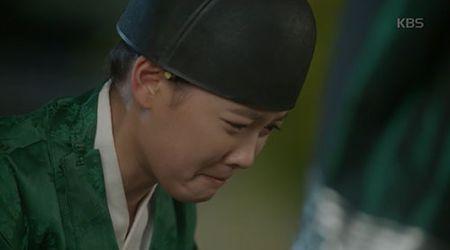 May hoa anh trang tap 7: Park Bo Gum - Kim Yoo Jung hon nhau dam duoi - Anh 9