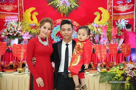 Phan Hien vua be con vua om eo Khanh Thi - Anh 4