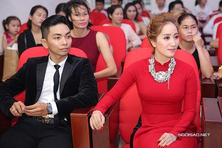 Phan Hien vua be con vua om eo Khanh Thi - Anh 7