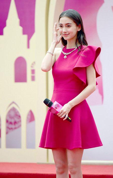Angelababy lien tuc bi don mang bau - Anh 4