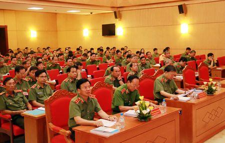 Hoi thao Khoa hoc cong tac Cong an phuc vu Hoi nhap quoc te trong giai doan moi - Anh 2