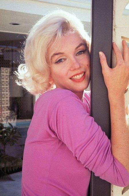 Marilyn Monroe quyen ru trong bo anh cuoi cung cua cuoc doi - Anh 11