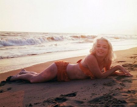 Marilyn Monroe quyen ru trong bo anh cuoi cung cua cuoc doi - Anh 1