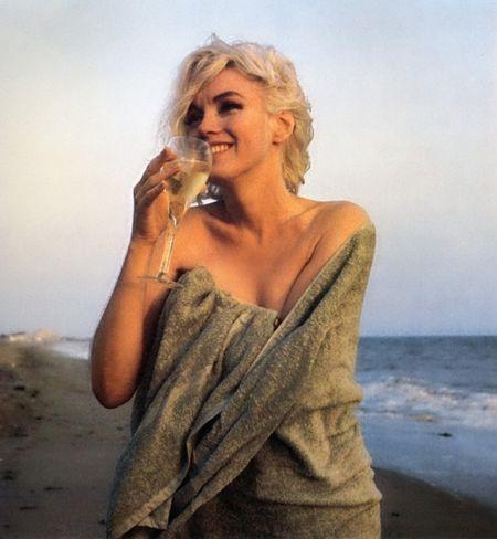 Marilyn Monroe quyen ru trong bo anh cuoi cung cua cuoc doi - Anh 6
