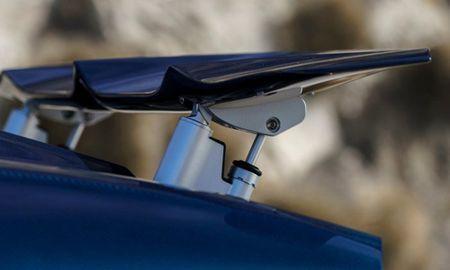 11 bi mat khong tuong cua sieu xe Bugatti Chiron - Anh 2