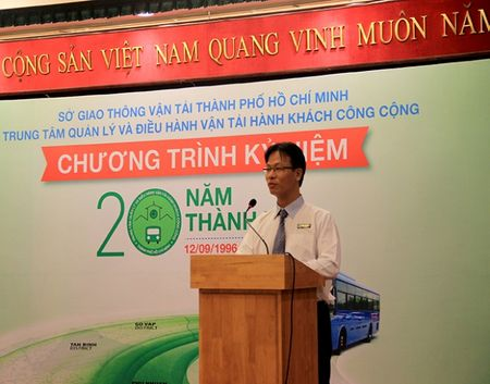 Van tai cong cong TPHCM: 20 nam chang duong phat trien - Anh 1