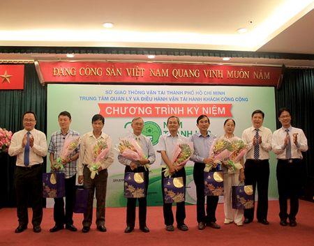 Van tai cong cong TPHCM: 20 nam chang duong phat trien - Anh 3