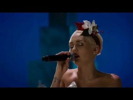Miley Cyrus xung dang la sao tre duy nhat lam HLV The Voice My vi dieu nay - Anh 7