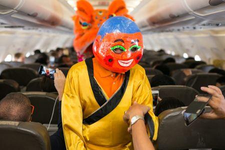 Jetstar Pacific to chuc mua lan tren troi nhan dip trung thu - Anh 2