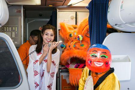 Jetstar Pacific to chuc mua lan tren troi nhan dip trung thu - Anh 5