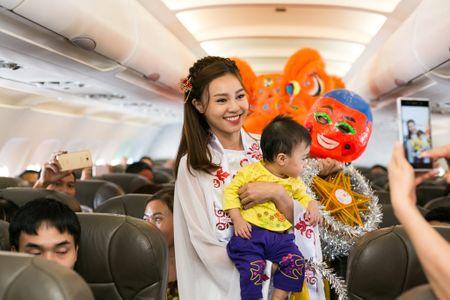 Jetstar Pacific to chuc mua lan tren troi nhan dip trung thu - Anh 7