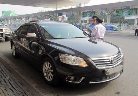Uber len tieng sau khi Bo Tai chinh chot phuong an thu thue - Anh 1