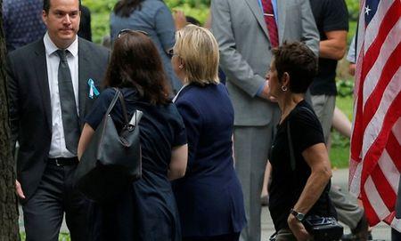 Suc khoe cua ba Hillary Clinton co thuc su dang ngai? - Anh 1